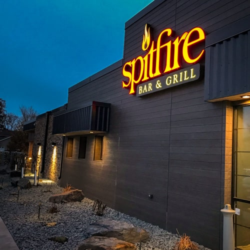Spitfire Bar & Grill Detroit Lakes entrance at night